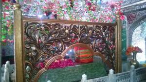 Grave of Meeran Mauj Darya